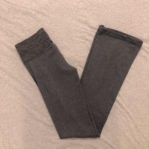 Lululemon grey Groove pant, size 4